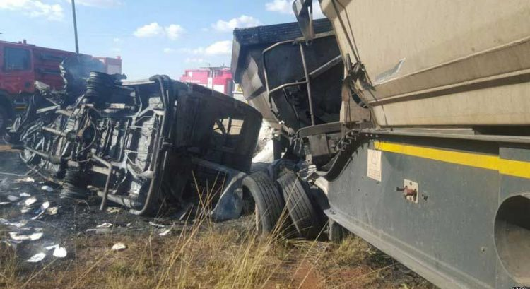 18 students killed in South Africa bus mishap