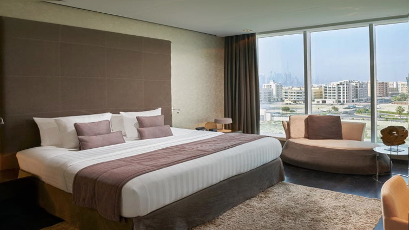 Melia Dubai guestroom